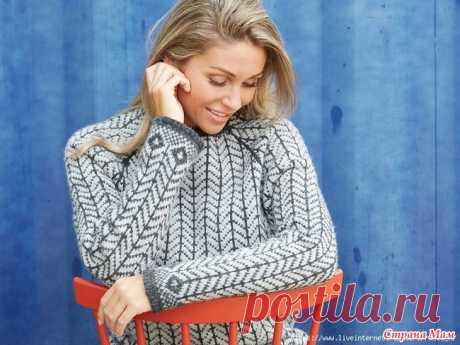 Alvi - классический северный свитер от Ханне Пьедстед Размеры XS (S) M (L) XL Тело, грудь: 76-80 (82-88) 92-98 (102-108) 110-120 см Свитер, грудь: 80 (90) 100 (110) 122 см Длина рукава: 45 см. Общая длина: 64 (68) 70 (72) 73 см