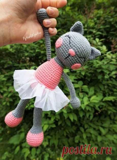 Кошечка-балерина