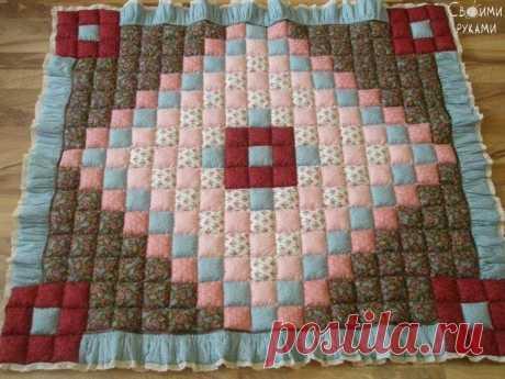 небольшое лоскутное одеялко
