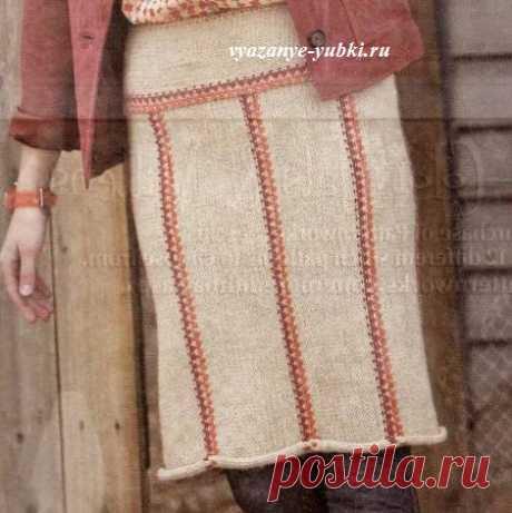 Вязание прямой юбки спицами на кокетке и с контрастной отделкой