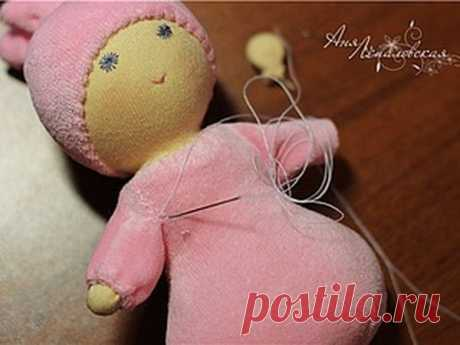 Вальдорфская куколка «Пуська» – мастер-класс для начинающих и профессионалов