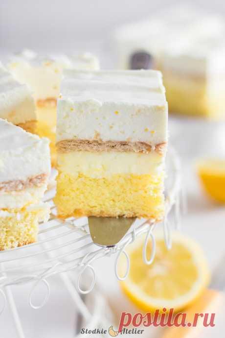 Лимонный пирог с кремом и пеной