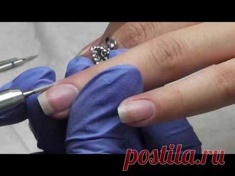Как правильно делать комбинированный маникюр