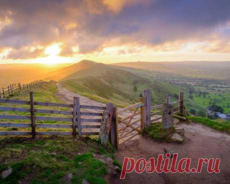 Картинки англия, peak-district, national park, derbyshire, забор, трава, холмы, горизонт, природа - обои 1280x1024, картинка №410468