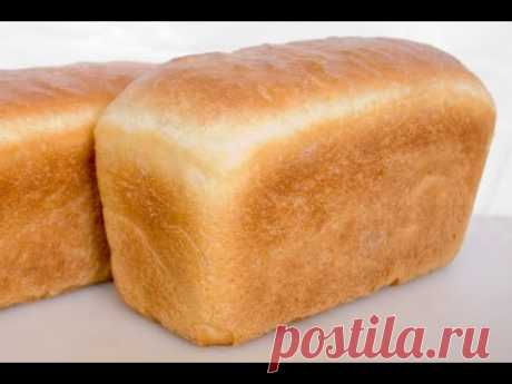 Bread. The recipe and baking of home-made white loaf in an oven.