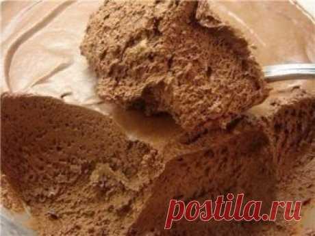 Шоколадный мусс на основе обезжиренного творога (100гр - около 140 ккал)