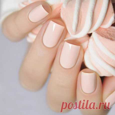 Маникюр, который молодит руки: модный дизайн ногтей, фото