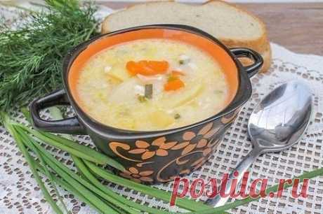 NOURISHING PROCESSED CHEESE SOUP \u000a\u000aJust Cook\u000a\u000a\u000a\u000a\u000a\u000a\u000a\u000a\u000aNOURISHING SOUP FROM PLAVLENNYKH Syrkovotlichny option for a lunch Ingredients: ● 2 processed cheese; ● 4 potatoes; ● 50 ml of vegetable oil; ● 1 carrots; ● 2 bulbs; ● 0,5 tsps of salt; ● …