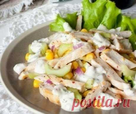Легкий летний салат с курицей и кукурузой  / Историческая справка
