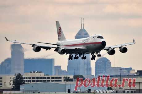 Фото CLX Boeing 747-400 (LX-NCL) - FlightAware