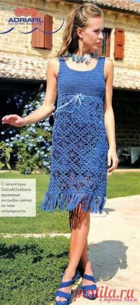 . Аврора. Летнее платье бирюзового цвета. Летнее платье крючком. Красивое и нежное летнее платье связано крючком методом сочетания ажурного узора на юбке и простых столбиков с 2-мя накидами.