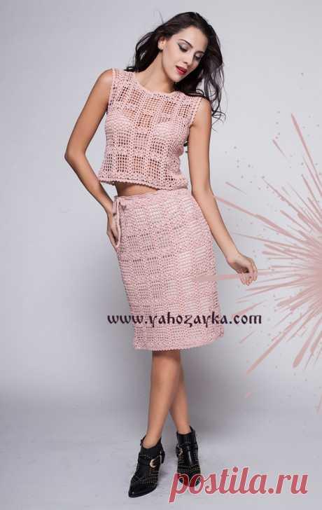 Костюм крючком со схемами. Как связать летний костюм для женщин Нежно розовый костюм крючком. Как связать летний костюм для женщин