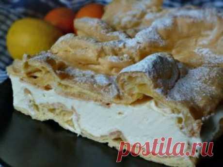 """Пирог """"Карпатка"""". Рецепт с фото. Пошаговые фотографии. Gurmel Просто удивлена малоизвестностью этого польского чуда. Пирожок, а скорее - тортик, просто чудо как хорош. Нежный и совсем не приторный. Думаю, если вы"""