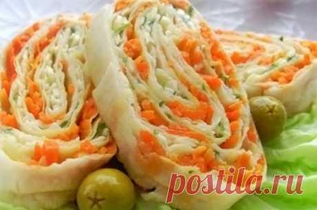 Рулет из лаваша с корейской морковкой. Рецепты