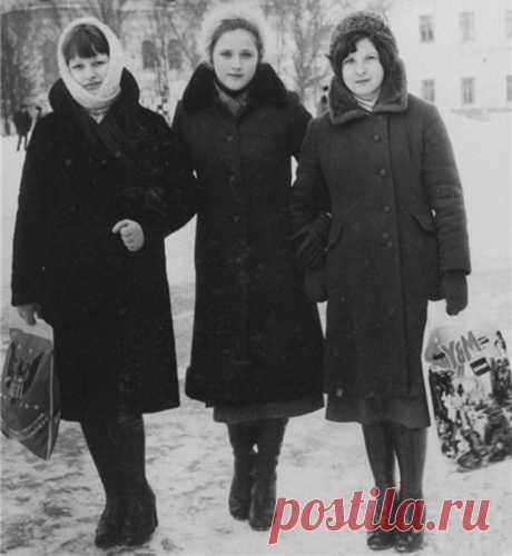 Колготки, колбаса, пакеты: дефицитные предметы вожделения советских женщин
