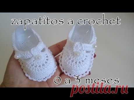 Zapatitos a crochet para bebe - Modelo Daniela - 0 - 3 meses