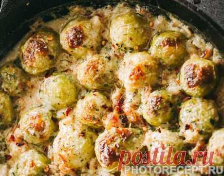 Брюссельская капуста по-флорентийски с сыром Брюссельская капуста по-флорентийски с сыром - пошаговый кулинарный рецепт приготовления с фото, шаг за шагом.