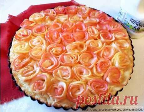 Яблочный пирог «Розовые розы» - очень вкусно и очень красиво
