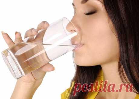 Как Правильно пить Воду! Советы кардиолога. — Полезные советы