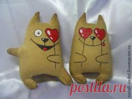 Влюбленный котик - бежевый,подарок на 14 февраля,подарок влюбленным,кофейный кот