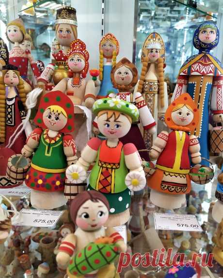 Русские потешки. В деревянном исполнении