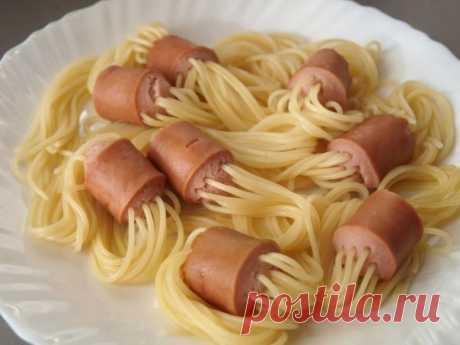 Спагетти с сосисками - оригинальное приготовление.
