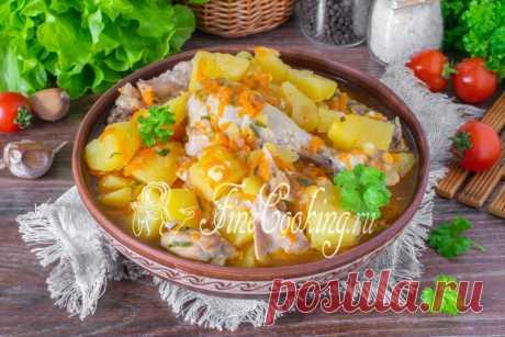 Курица с картошкой в мультиварке Пошаговый рецепт простого, вкусного и сытного блюда.