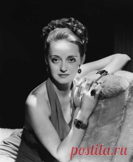Бетт Дэвис - легендарная американская актриса