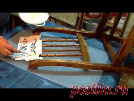 La restauración de la silla, la restauración de los muebles, el rehacimiento de la silla vieja, como entapizar el sentar de la silla, la clase maestra por dekupazhu,