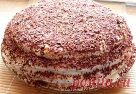 Пушистый торт «Пчелка» с нежнейшим сливочным кремом Торт готовим из самого обычного и минимального набора продуктов. Легкий медовый вкус и аромат торта, в сочетании со сливочным кремом, это нечто. Для приготовления вам потребуются такие ингредиенты: — яйца, 2 шт; — мука, 1.5 стакана; — сахар, 70 г; — какао, 1 ст.л; — мед, 1 ст.л; — разрыхлитель, 1 ч.л; — масло сливочное, […]