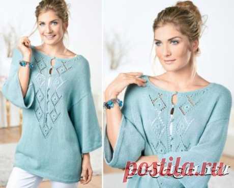 Пуловер – туника спицами с ажурными планками