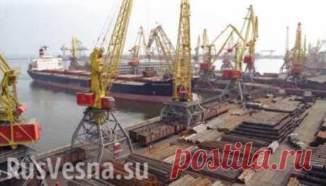 Из-за убытков: Украина продаст трипорта наЧёрном море Три государственных морских порта Украины, которые имеют выход к Чёрному морю, внесены в список объектов, подлежащих приватизации из-за их убыточности.Об