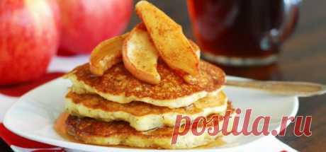 Вкусно и просто. Яблочные оладьи Отличный вариант для завтрака – оладьи. Вкусные, румяные и ароматные придутся по вкусу как детям, так и взрослым.