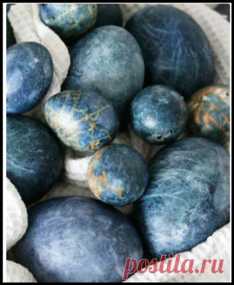 Из обычного чая каркаде сделала невероятные космические яйца на Пасху - делюсь мастер-классом