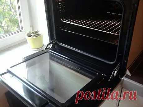Como rápidamente y limpiar simplemente el horno del pábilo \u000d\u000a\u000d\u000aLos materiales y los ingredientes: \u000d\u000a- M del art. del líquido para el lavado de la vajilla \u000d\u000a- L del art. de la sosa alimenticia \u000d\u000a- M del art. de la agua oxigenada \u000d\u000a- La capa exterior de la cáscara de los agrios del limón \u000d\u000a- 1 art. de l. El vinagre \u000d\u000a- La esponja para el lavado de la vajilla \u000d\u000a- Las toallas de papel \u000d\u000a\u000d\u000aLa instrucción: \u000d\u000a\u000d\u000a1. Aunque se trata del pábilo de muchos años, el medio simple ayudará vencerlo hasta. Es necesario comenzar del agua de jabón regular y la esponja, que lava ligeramente obligatoriamente a menudo. Esto ayudará librarse de la suciedad básica....