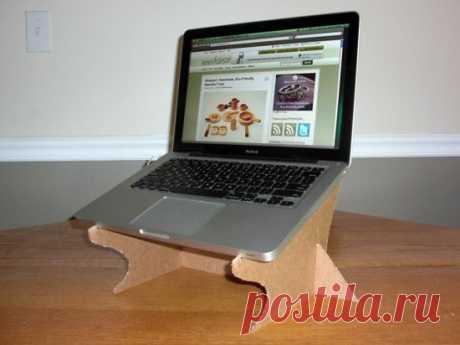 Подставка под ноутбук, чтобы он не перегревался — Сделай сам, идеи для творчества - DIY Ideas