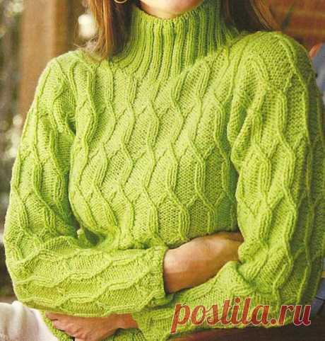 Женский свитер спицами с фактурным узором. Схема и описание
