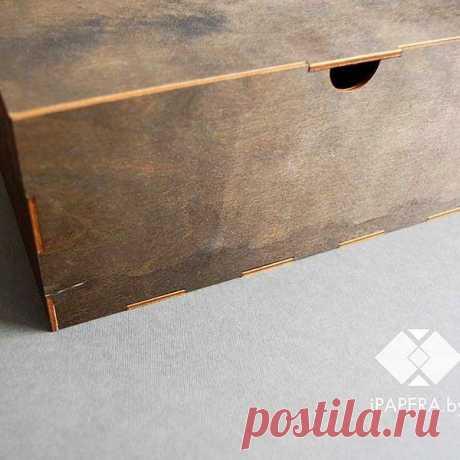 Еще одна новинка - деревянная коробка 30*20*12 см. Тут фанера тоньше, без гравировки, потому и цена приятней, 120 тыс 😊