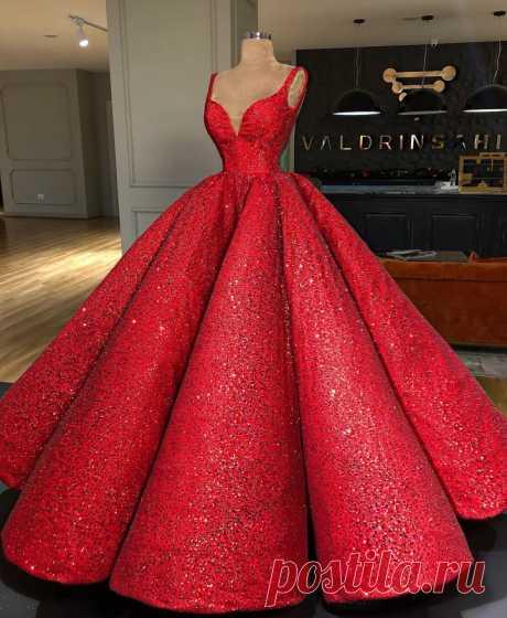 10 роскошных вечерних платьев сербского дизайнера Valdrin Sahiti