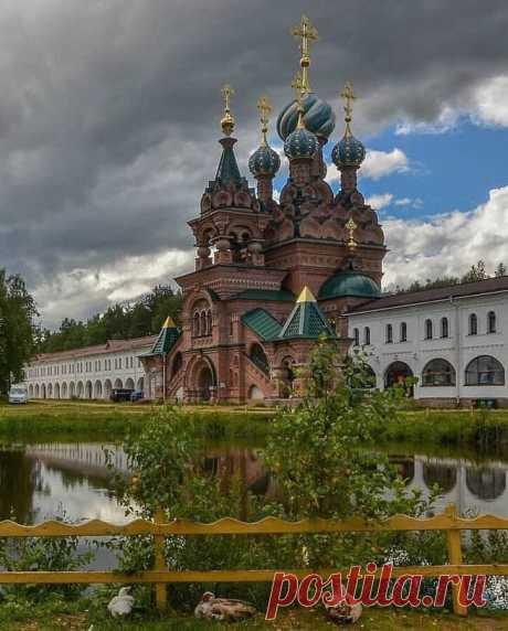 Николо-Сольбинский монастырь в посёлке Сольба  serg_fomenko