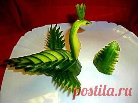 ¡El pájaro del pepinillo! ¡Adornamientos del pepino! Decoration of Cucumber. Carving Cucumber