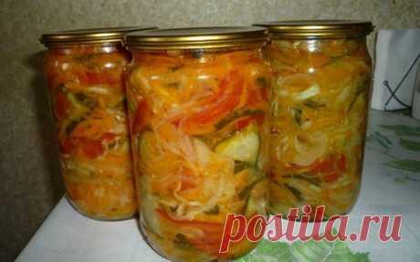 Отличный рецепт салата на зиму из разных овощей - У нас так Как хорошо зимой, когда есть много заготовок. Открыл баночку и уже есть закуска или салатик к обеду. Для этого рецепта салата на зиму нам понадобятся такие овощи перец...