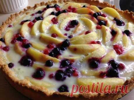 Эльзасский яблочный пирог с брусникой