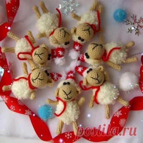 1000 схем амигуруми на русском: Новогодние овечки