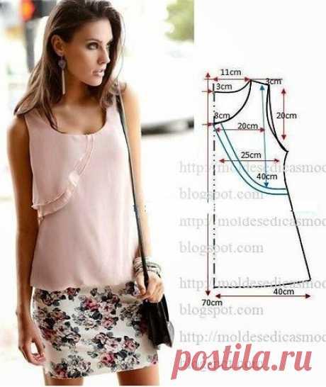 Топ или блузка с отлетной кокеткой. Подборка фото Шитье | простые выкройки | простые вещи  #простыевыкройки #простыевещи #шитье #топ #блузка #выкройка