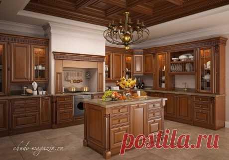 П-образная кухня из массива красной ольхи с островом посередине. В интернет-магазине Chudo-magazin.ru в Москве.