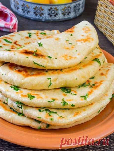 Рецепт базламы - турецкиих дрожжевых лепешек на сковороде на Вкусном Блоге