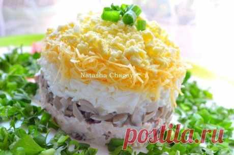 9 рецептов самых вкусных салатов от Натальи Чагай.