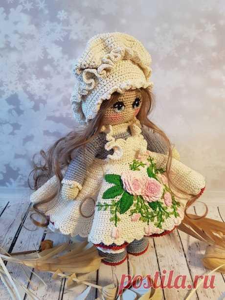 Моя новая куколка - барышня-крестьянка - из то эпохи, когда жизнь была неспешной, наполненной простыми радостями и искренне чувствами. Легкий нрав барышни угадывается во всем ее образе: легких ...