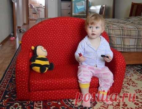 Делаем детский диванчик сами